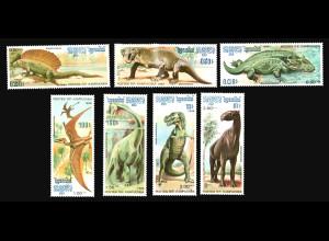 Kambodscha: 1986, Dinosaurier