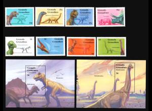 Grenada / Grenadinen: 1994, Prähistorische Tiere (Satz und Blockpaar, Ausgabe komplett)